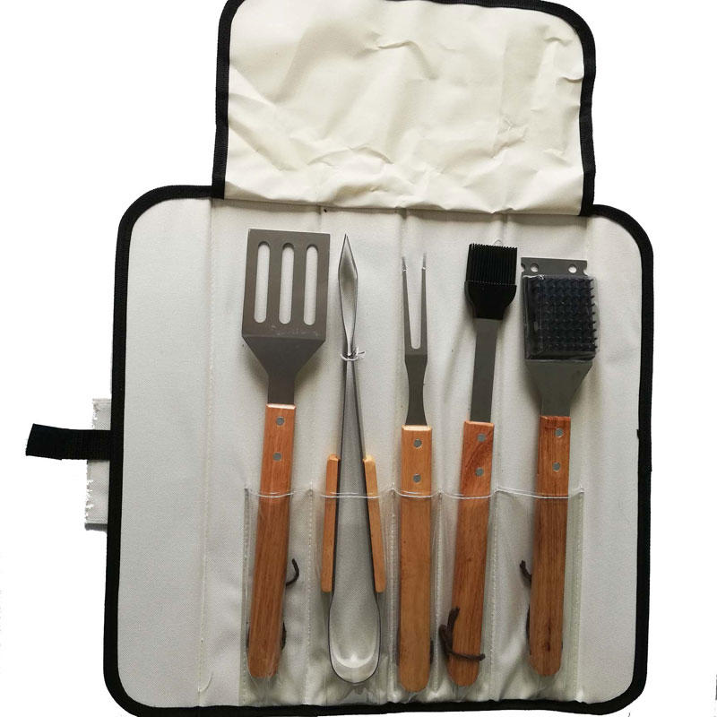 Low Price 5pcs BBQ Stainless Steel Tools Set with Oxford Bag