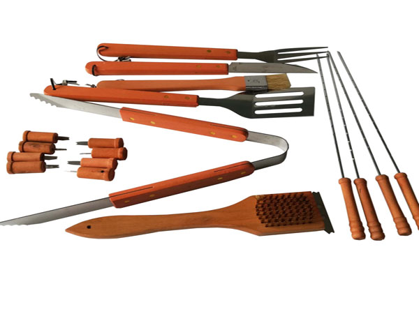 Outdoor Camping Heat Resistance Wooden Handle BBQ Tools Set with Plastic Case-4