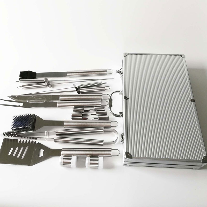 Longzhao BBQ Aluminum Case 18pcs Stainless Steel Heat Resistance BBQ Tools Set Barbecue Accessories image4